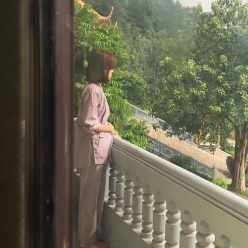 Hot mom Ly Kute: Từ cô gái ôm bụng bầu lên chùa tĩnh tâm vì bạn trai bỏ đến bà mẹ đơn thân chăm chỉ kiếm tiền, cho con học hẳn trường quốc tế-3