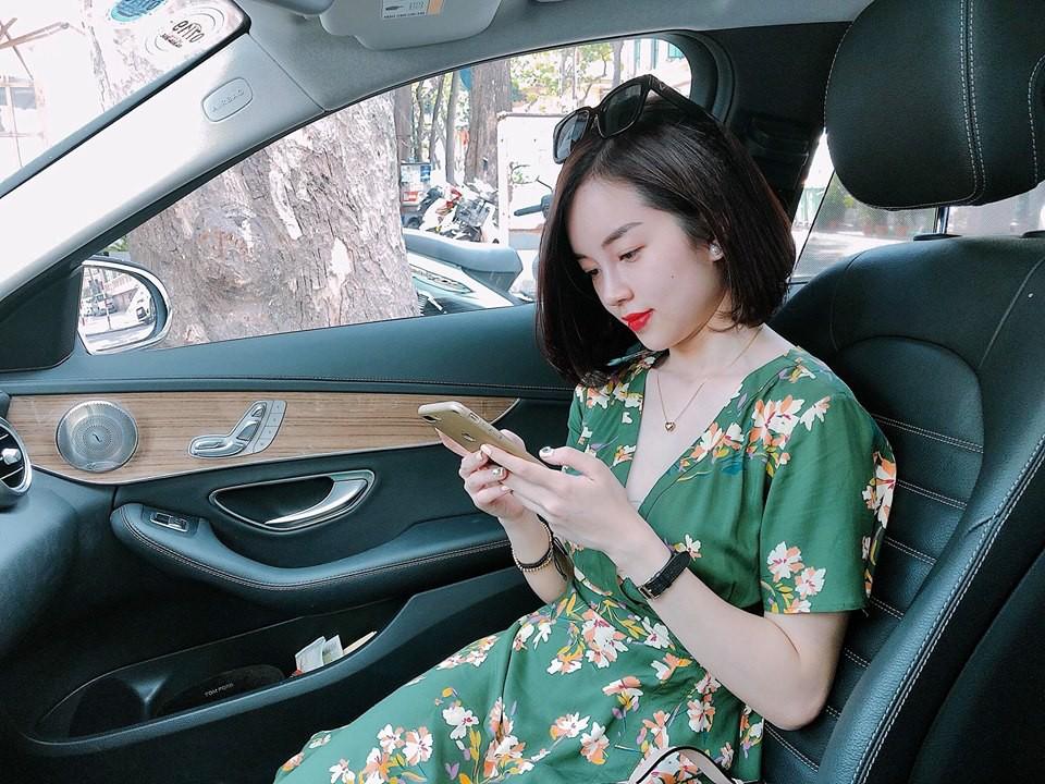 Hot mom Ly Kute: Từ cô gái ôm bụng bầu lên chùa tĩnh tâm vì bạn trai bỏ đến bà mẹ đơn thân chăm chỉ kiếm tiền, cho con học hẳn trường quốc tế-12