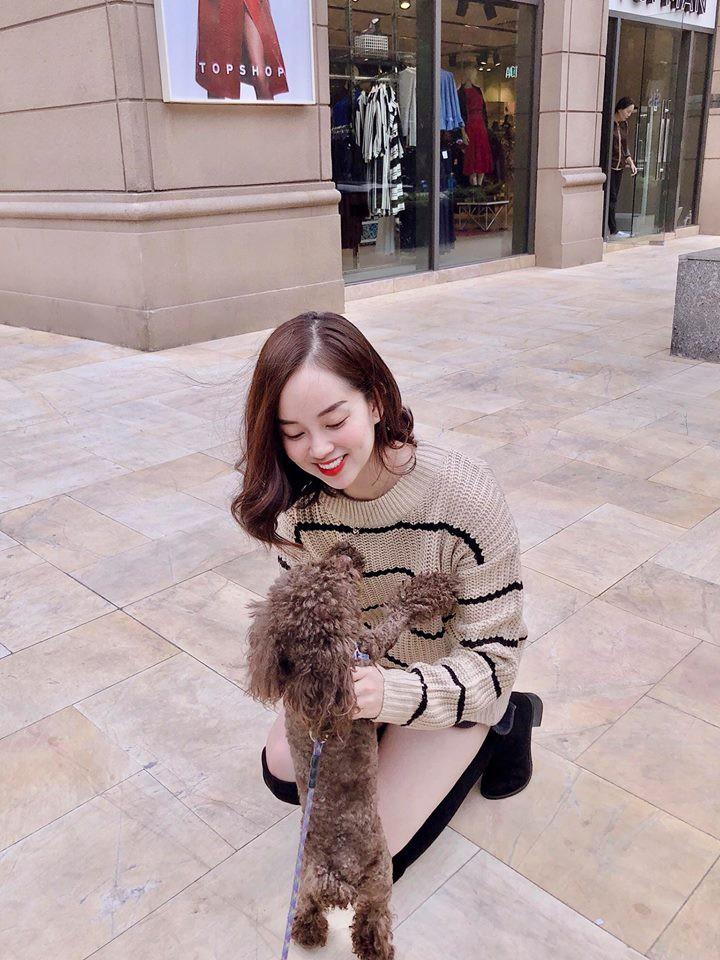 Hot mom Ly Kute: Từ cô gái ôm bụng bầu lên chùa tĩnh tâm vì bạn trai bỏ đến bà mẹ đơn thân chăm chỉ kiếm tiền, cho con học hẳn trường quốc tế-16