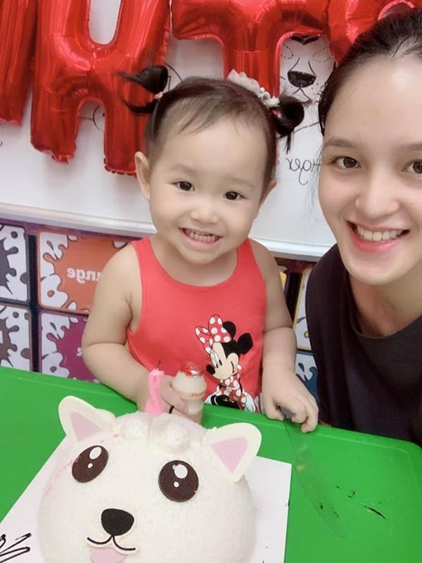 Hoa hậu Thu Thảo ngày càng thăng hạng nhan sắc sau 7 năm đăng quang-12