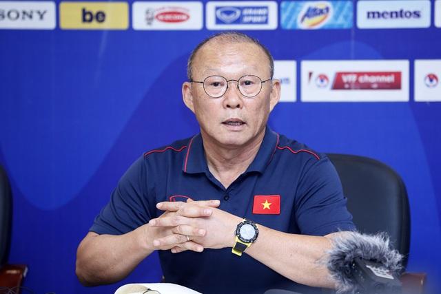 Cầu thủ Việt kiều khao khát lên tuyển, HLV Park Hang Seo nói điều bất ngờ-1