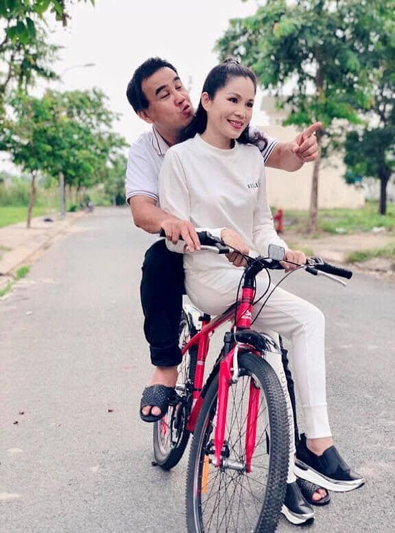 Sau tình 10 năm không thành với Á hậu, Quyền Linh hạnh phúc bên vợ doanh nhân-4