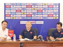 HLV Park Hang Seo bị hỏi vặn về Huy Toàn, Văn Quyết: