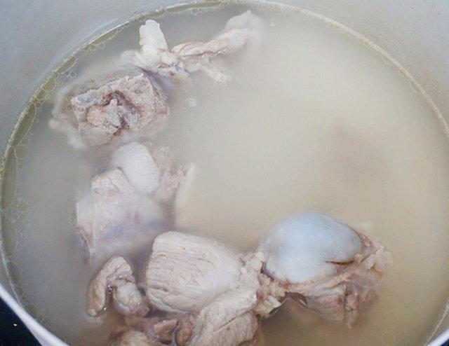 Cách nấu lẩu cá bớp măng chua ngon chuẩn vị nhà hàng-4