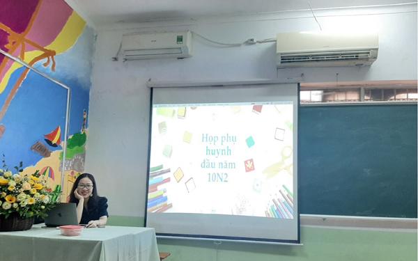 Buổi họp phụ huynh sáng tạo ở trường THPT Hồng Hà-1