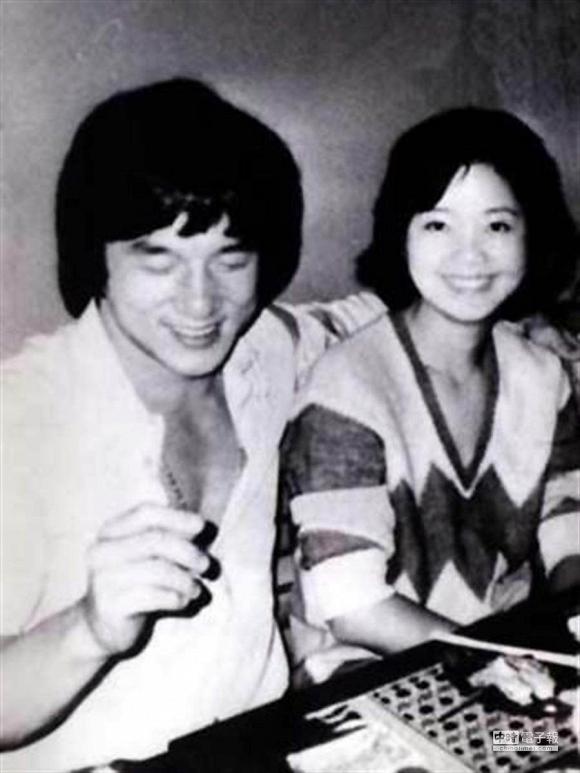 Tuyệt thế danh ca châu Á đột tử khi đang du lịch cùng bạn trai, 24 năm sau mộ phần vẫn tồn tại những câu chuyện rùng mình-6