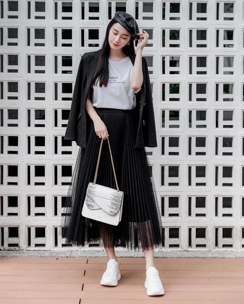 Thời tiết giao mùa muốn mặc đẹp và chất hãy học Văn Mai Hương, Jun Vũ-5