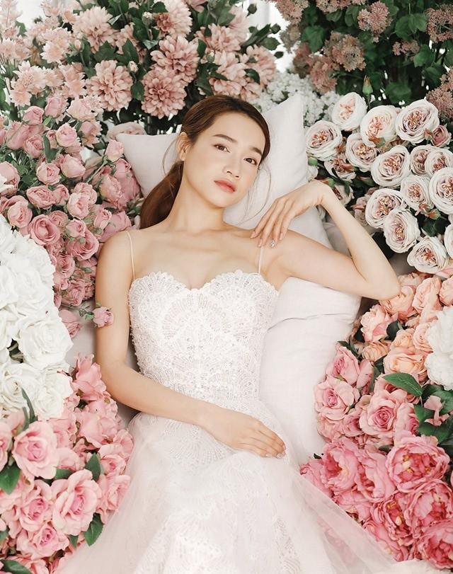 Kỷ niệm 1 năm ngày cưới, Trường Giang bất ngờ tặng Nhã Phương món quà lãng mạn như trong phim ngôn tình-4