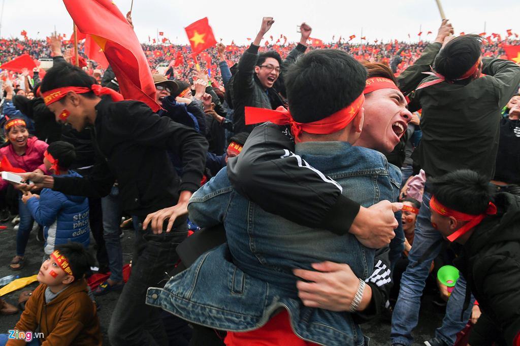 Nhìn lại trận chiến trên tuyết lịch sử của bóng đá Việt Nam-11