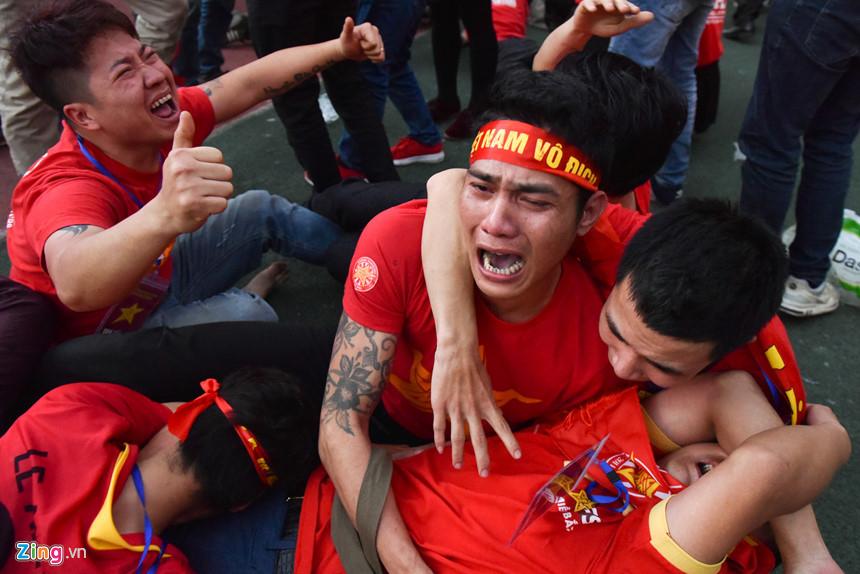 Nhìn lại trận chiến trên tuyết lịch sử của bóng đá Việt Nam-14