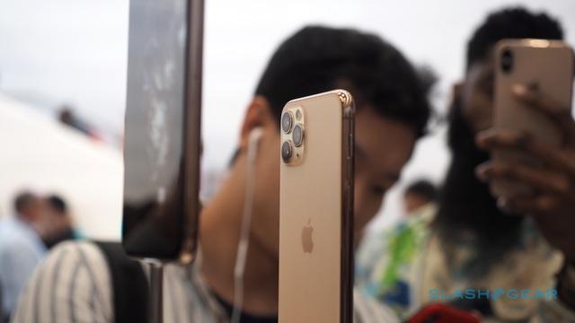"""Dân buôn iPhone 11 phá giá lẫn nhau, đẩy giá xuống cận sàn""""-4"""