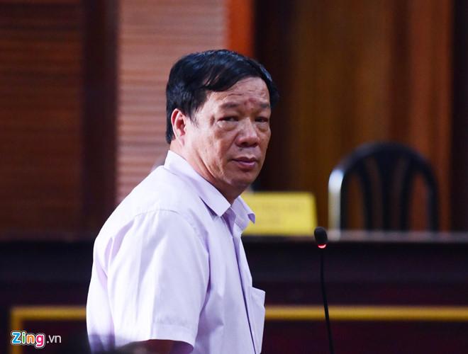 Vì sao chồng ca sĩ Trang Nhung xuất hiện ở phiên tòa VN Pharma?-1