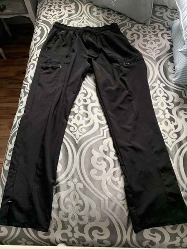 Mua quần mới trong siêu thị, cô gái sốc nặng khi tìm thấy thứ trong túi quần-3
