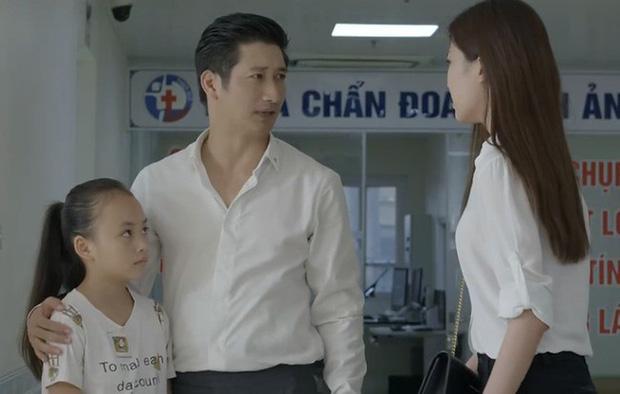 Thái (Hoa Hồng Trên Ngực Trái) phải hoãn lịch li hôn với Khuê vì 3 lí do: Chung quy cũng vì liêm sĩ với con cái!-1
