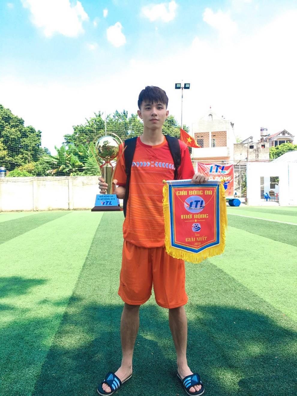 Dàn soái ca đến từ ĐH Kinh Công Hà Nội - ngôi trường được mệnh danh nhiều trai đẹp nhất Việt Nam-12