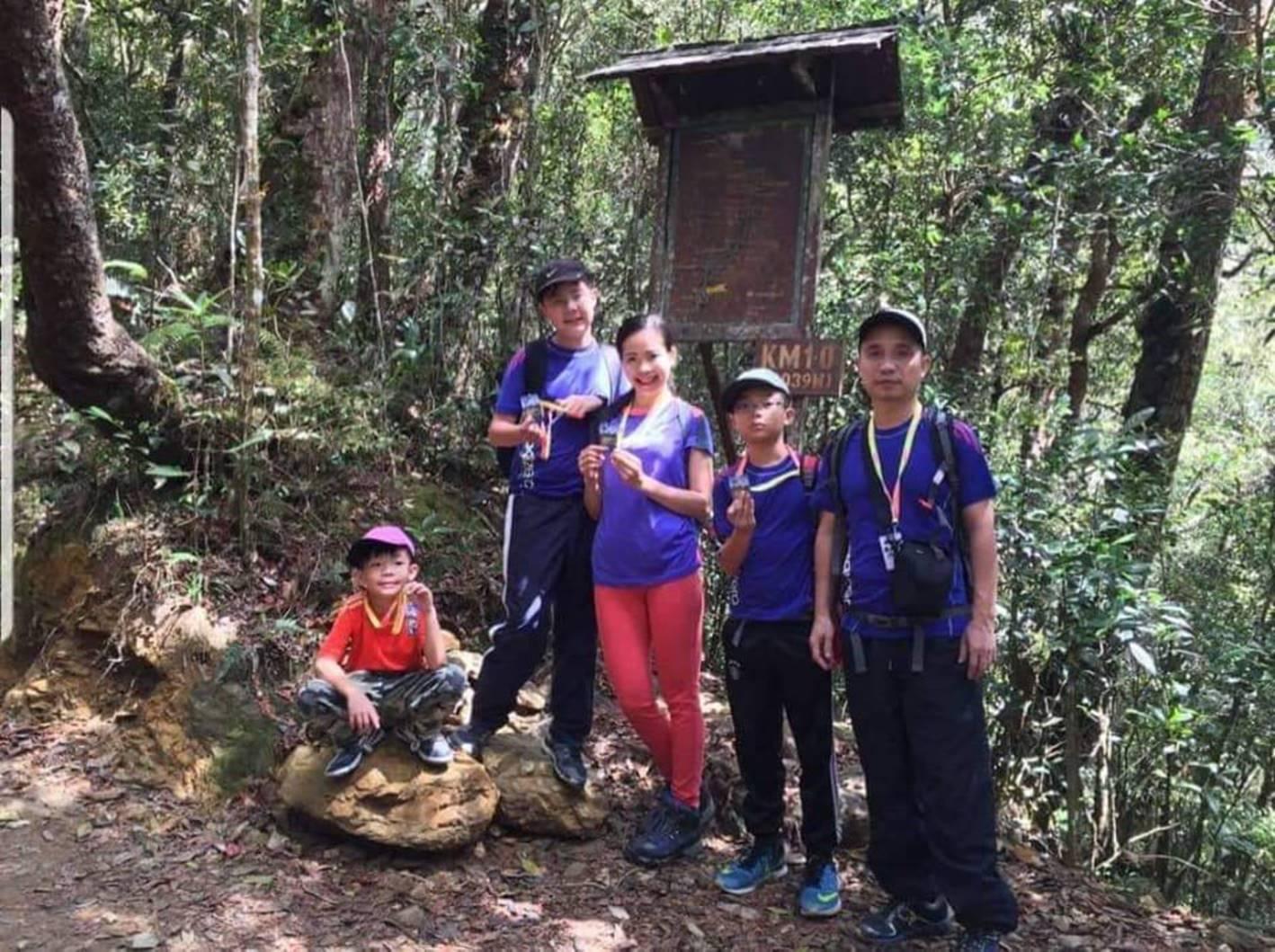Bà mẹ Hà Nội dạy con theo kiểu nhà binh: Sáng điểm tâm nhẹ bằng 10km chạy bộ, trời rét vẫn tắm nước lạnh-5
