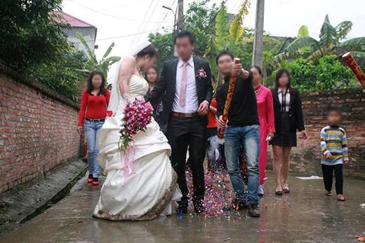 Đám cưới nhà người ta hoành tráng đến mức khiến 2 họ chạy tan tác, đúng là nhà chẳng có gì ngoài điều kiện-2