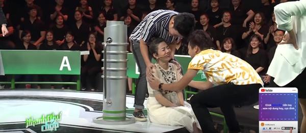 Thắng 80 triệu từ Nhanh như chớp, Ốc Thanh Vân và Xuân Nghị quyết định tặng toàn bộ cho Mai Phương-3