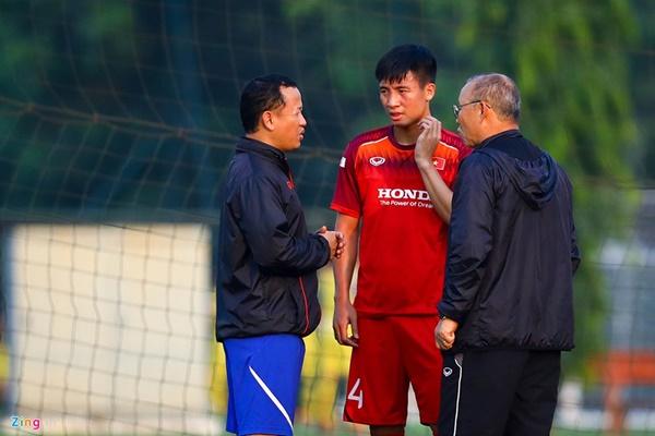 HLV Park dính chấn thương tại nhà riêng trước vòng loại World Cup-4