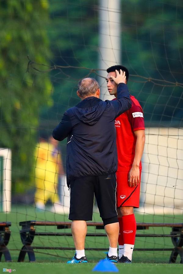 HLV Park dính chấn thương tại nhà riêng trước vòng loại World Cup-5