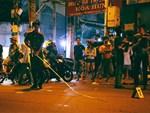 20 thanh niên cầm mã tấu hỗn chiến trên phố Trần Khát Chân-3