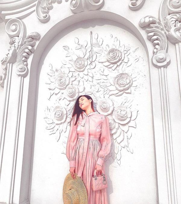 Nhận không ra bà bầu Lan Khuê trong hình ảnh đẹp như nàng thơ dù đã gần đến ngày sinh nở-3