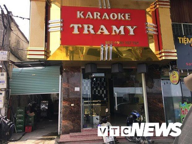 Tát nữ nhân viên quán karaoke, nam thanh niên bị tạm giam 3 tháng-1