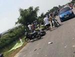 Clip: Tàu hỏa húc văng ô tô ở Phú Yên, nam tài xế thoát chết thần kỳ-3
