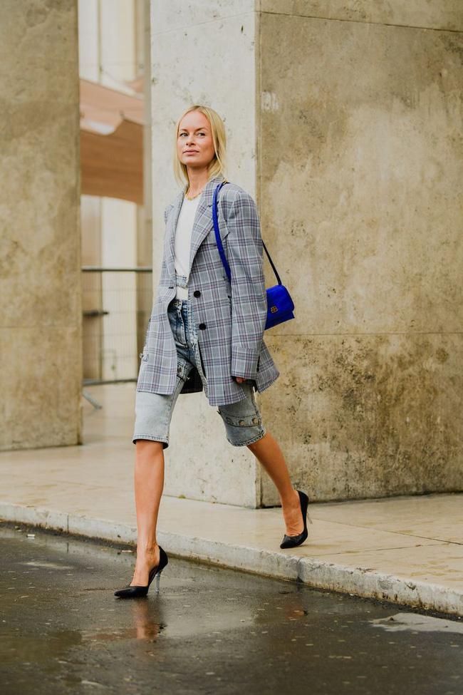 Ngắm street style tại Tuần lễ thời trang Paris, nàng công sở cũng rút ra được vô số tips mix đồ cho mùa lạnh-12