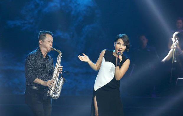 Hà Hồ, Duy Mạnh và loạt sau Vbiz xót thương khi nghệ sĩ saxophone Xuân Hiếu qua đời vì ung thư-5