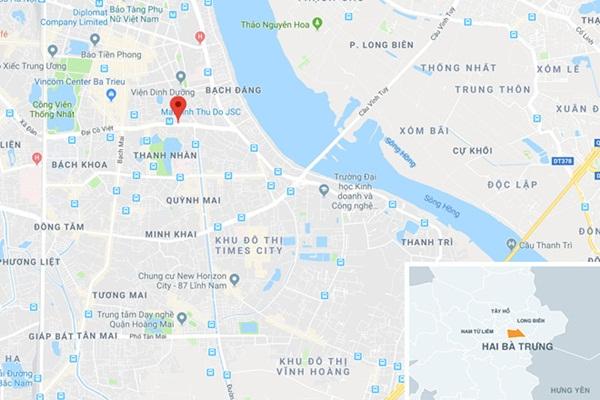 20 thanh niên cầm mã tấu hỗn chiến trên phố Trần Khát Chân-2