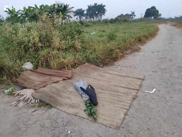 Trước khi bị bắt, 2 nghi phạm sát hại nam sinh 18 tuổi ở Hà Nội vẫn dùng xe cướp được để đi chơi-2