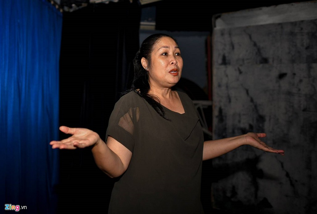 NSND Hồng Vân: 'Có năm tôi lỗ gần một tỷ đồng để duy trì sân khấu'-3
