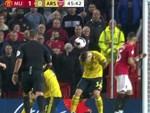 MU mất ngôi đầu bảng sau trận hòa AZ Alkmaar-2