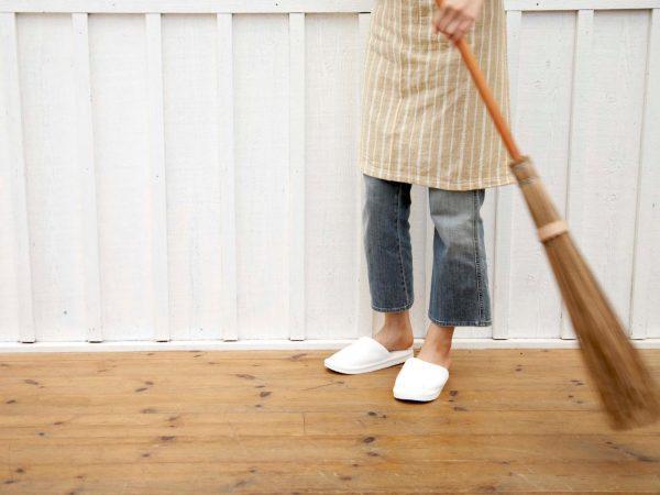 3 thời điểm cấm quét nhà, hót rác kẻo mất hết tài lộc, Thần Tài một đi không trở lại-1