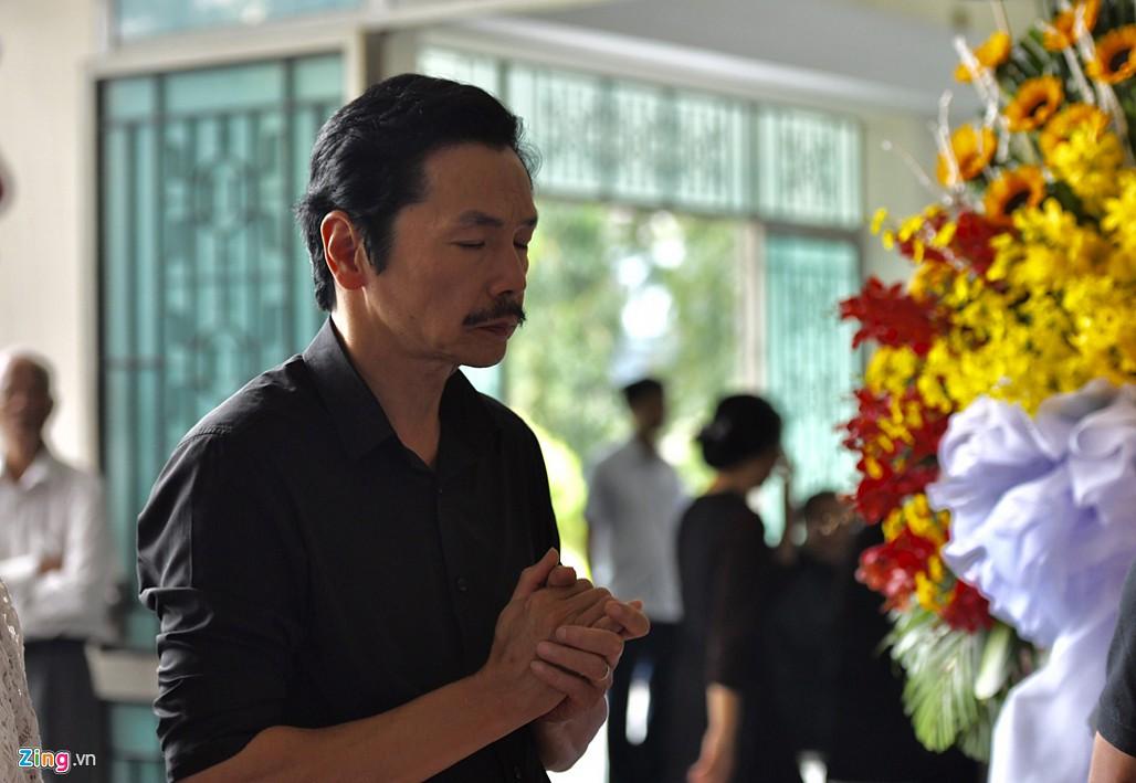 NSND Trà Giang, Trung Anh nghẹn ngào đến viếng nghệ sĩ Thế Anh-7