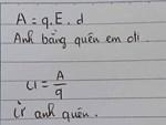 Bắt học sinh không nhìn lên bảng nửa tiếng, thầy giáo hì hục tô tô vẽ vẽ ai ngờ cho ra đề bài quá dễ thương-2