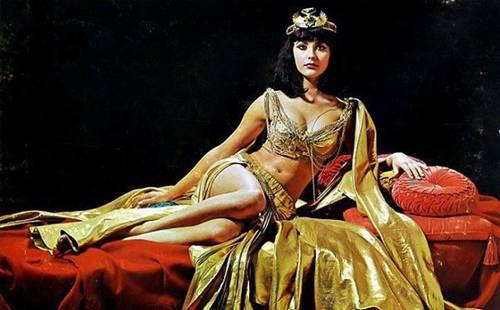 Không chỉ thông minh sắc sảo, nhờ có bí kíp này Cleopatra khiến đàn ông mê mệt-1
