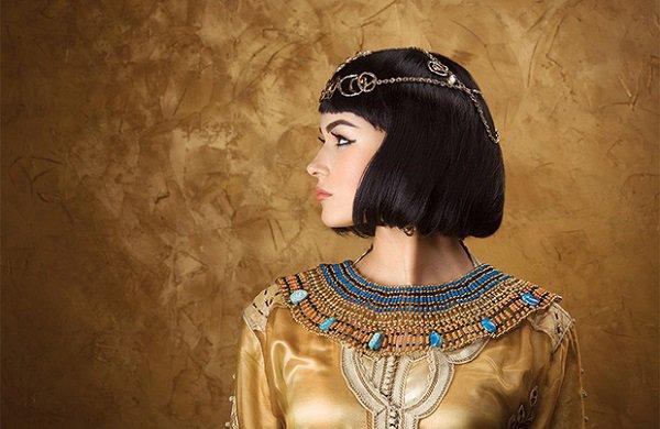 Không chỉ thông minh sắc sảo, nhờ có bí kíp này Cleopatra khiến đàn ông mê mệt-6