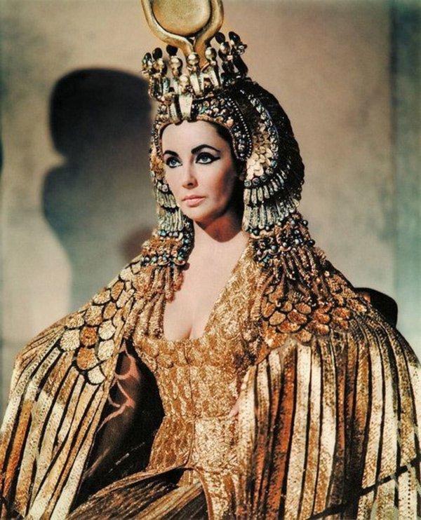 Không chỉ thông minh sắc sảo, nhờ có bí kíp này Cleopatra khiến đàn ông mê mệt-8