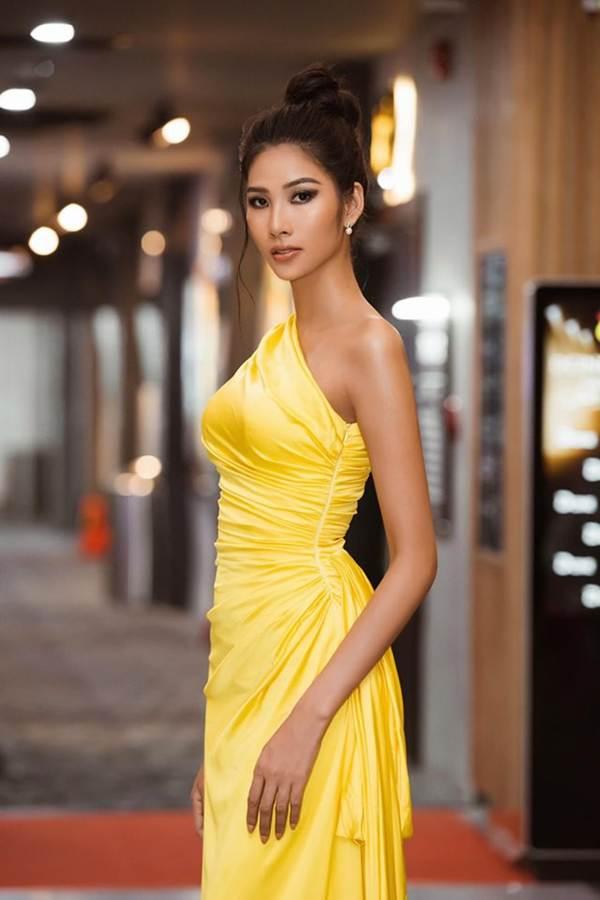 Á hậu Huyền My gợi cảm hết nấc với váy xẻ ngực-7