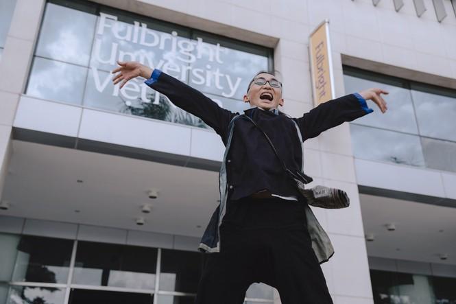 Con đường lạ lùng đến đại học danh giá của chàng trai người Mông-23
