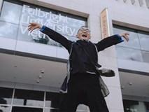 Con đường lạ lùng đến đại học danh giá của chàng trai người Mông