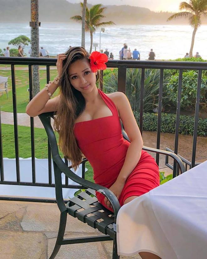 Nhan sắc của hot girl Việt nổi tiếng khắp thế giới vì quá nóng bỏng, quyến rũ-3
