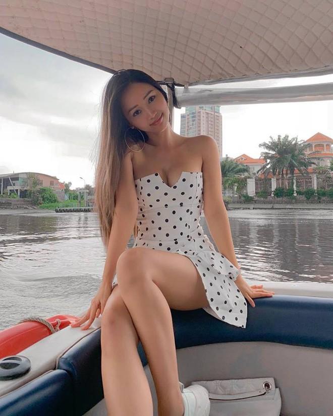 Nhan sắc của hot girl Việt nổi tiếng khắp thế giới vì quá nóng bỏng, quyến rũ-16