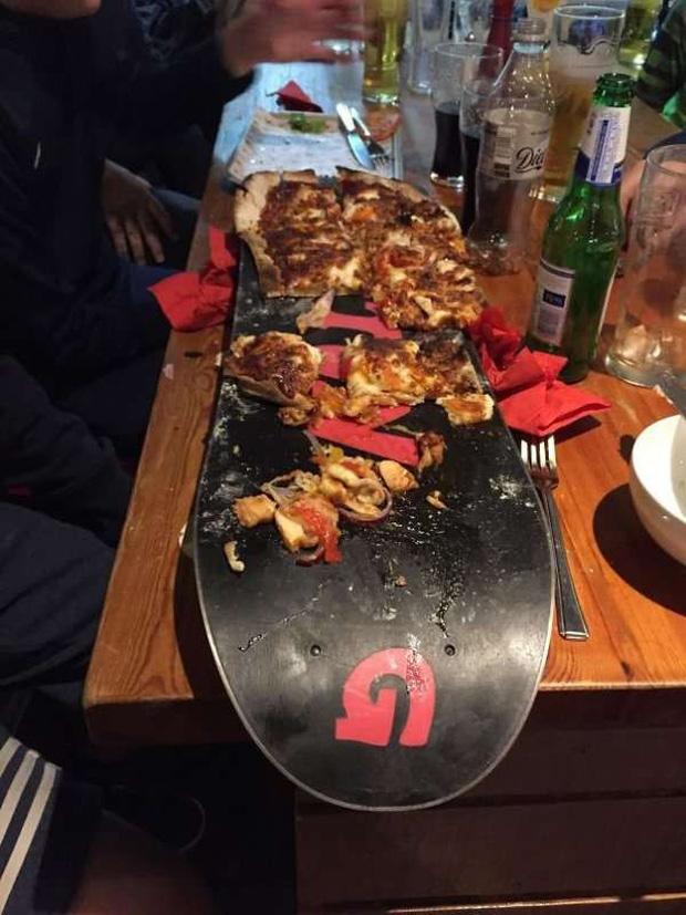 """Những pha trình bày món ăn như… muốn đuổi khách đi của các nhà hàng dị"""" nhất thế giới, cẩn thận xem xong nghẹn""""!-18"""