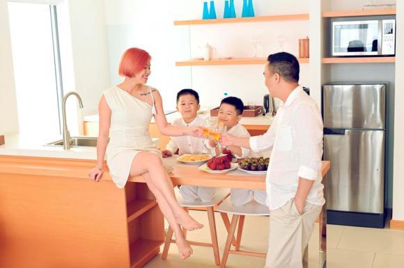 MC Hoàng Linh đăng ảnh gia đình hạnh phúc, dân mạng xuýt xoa trước diễn xuất của cặp song sinh-6