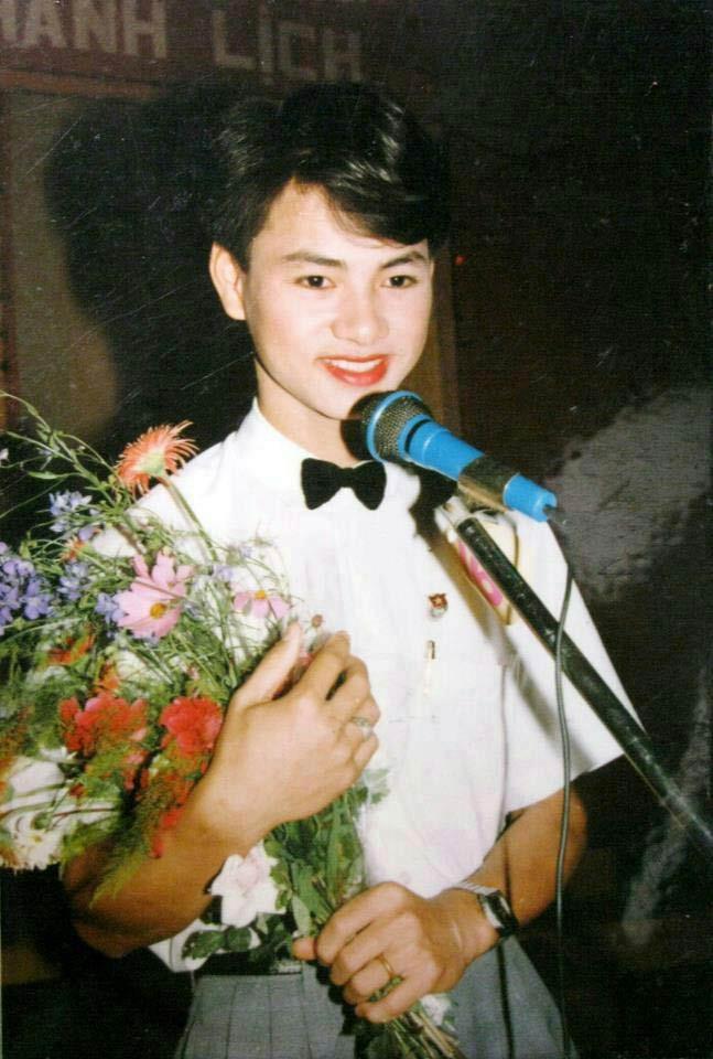 Bất ngờ với hình ảnh thời trẻ hiếm có của những danh hài nổi tiếng Việt Nam: Hóa ra ai cũng có lúc cực hài hước thế này-2