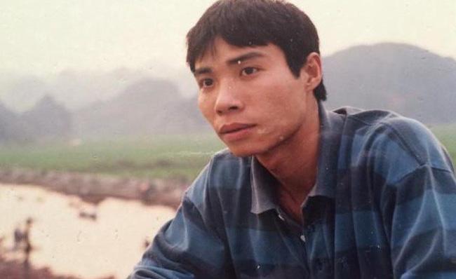 Bất ngờ với hình ảnh thời trẻ hiếm có của những danh hài nổi tiếng Việt Nam: Hóa ra ai cũng có lúc cực hài hước thế này-13