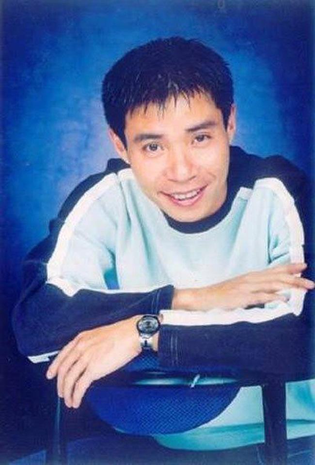 Bất ngờ với hình ảnh thời trẻ hiếm có của những danh hài nổi tiếng Việt Nam: Hóa ra ai cũng có lúc cực hài hước thế này-14